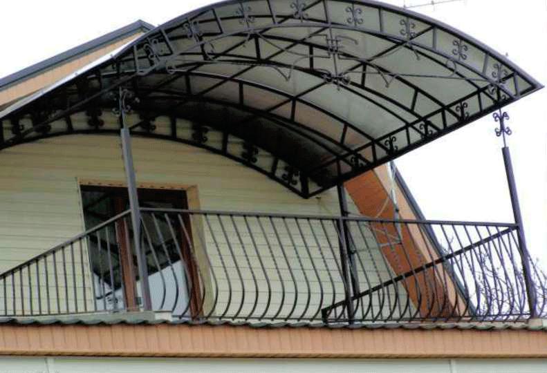 Навес над балконом своими руками: основные материалы.